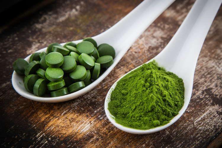 Cодержит витамины группы В, включая В6, биотин, В12, пантотеновую кислоту, фолиевую кислоту, инозит, ниацин, рибофлавин и тиамин.