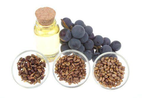 экстракт виноградных косточек содержит в себе такие витамины, как А, С и Е